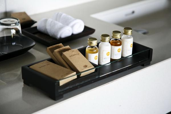 Luxury Hotel Amenities Bing Images