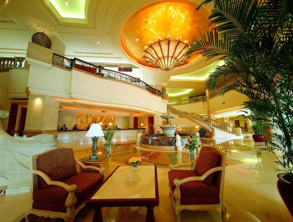 Inlobby Com Loong Palace Hotel Resort Beijing China Make Your