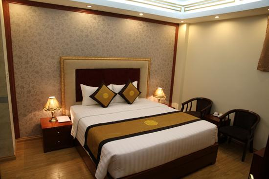 Superior Rooms Are The Most Por Reasonable Throughout Hotel 30 Room Size 26 Square Metres Have Wooden Floors